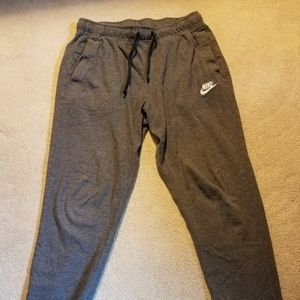 Nike lightweight jogger sweatpants